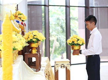 President of the Student Club College of Allied Health Sciences Suan Sunandha Rajabhat University Education Center, Samut Songkhram Province Bring new students Annual academic year 2562. Participate in a ceremony to honor the King Rama V reign.