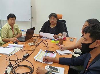 ประชุมทีมงานประชาสัมพันธ์ เพื่อจัดกิจกรรมเดินสายแนะแนวหลักสูตรต่างๆ
